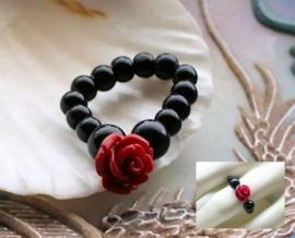 Flex Ring met ROOSJE - maat: 17-19 mm - Zwart met Rood