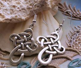 Paar Oorbellen: Keltisch Kruis - Celtic Cross - Antiek Zilver Kleur - 47 mm