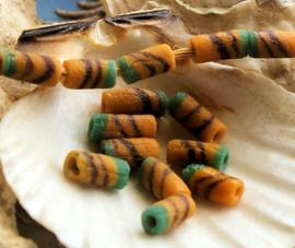 set/10 Krobo TRADE BEADS: Handelskralen uit Ghana - Glas - ca 10x4,5 mm - Oker met Bruin en Petrol