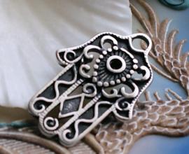 Grote Hanger: Hand van Fatima - 40x27 mm - Antiek Zilver Kleur