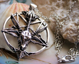 Baphomet Inverted Pentagram Hanger (48 mm) aan Ketting