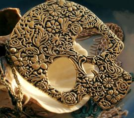Grote Hanger+Ketting: Flower Sugar Skull - Antiek Goud Kleur - 74 mm + 67 cm