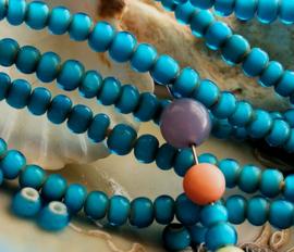 set/20 ANTIEKE TRADE BEADS Handelskralen: Afrika Europa - White Heart - ca 6 mm - Aqua Blauw