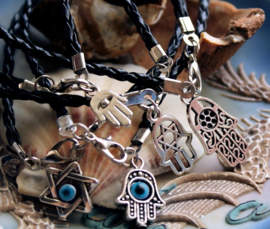 Set/5 Armbanden: Hamsa Evil Eye Fatima - Zwart Imitatie Leer + Antiek Zilver Kleur
