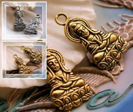 1 Bedel: Kwan Yin - Kuan Shih Yin - 27 mm - Antiek Zilver of Koper Kleur Metaal