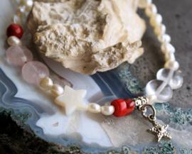 C&G Parel Armband:  echte Zoetwater Parels met Topaas, Rozenkwarts & Koraal - 21 cm