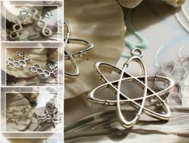 1 Symbool Bedel: Molecuul - Scheikunde - DNA - Infinity - Zilver Kleur Metaal
