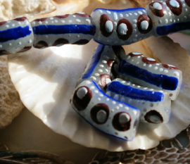 set/2 Grote Krobo TRADE BEADS - Handelskralen uit Ghana - Glas - ca 18-20 mm - Kobalt-Blauw Bruin Wit