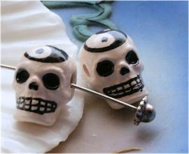 1 Kraal: Keramiek - Yin Yang Schedel - Skull - 18 mm - Off White met Zwart