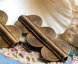 AFRIKA: 1 Grote Handgemaakte Kraal - Ivoorkust - Koper - ca 48x21