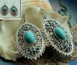 Paar Oorbellen: Ornament - Antiek Zilver Kleur + Turquoise Howliet - 60 mm