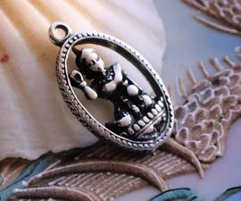 Hanger: Boeddha - 30x18 mm - Antiek Zilver Kleur