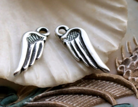 set/2 Bedels: Engel of Elfen Vleugels - 25 mm - Antiek Zilver Kleur