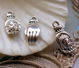 1 Dubbelzijdige Bedel: Hand van Boeddha - 18x9x5 mm - Antiek Zilver Kleur