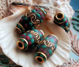 1 Gebedskraal uit Nepal: ca 25 mm - Turquoise, Koraal and Goud kleur