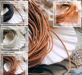 Leren Veter: per 1 meter lengte - 1 mm rond - Wit of Zwart of Bruin of Naturel