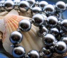 C&G Collier: Glas Parels in Zilver Grijs