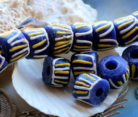 set/3 Grote Krobo TRADE BEADS - Handelskralen uit Ghana - Glas - ca 13x11 mm - Kobalt-Blauw Geel Wit