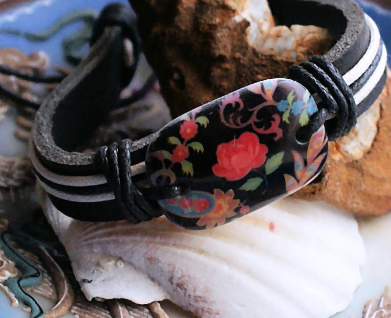 Armband: Bloemen - Echt Leer + Koord - Zwart & Multi Kleuren