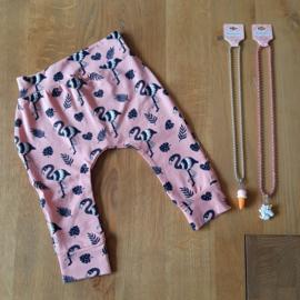 Broekje Flamingo maat 74