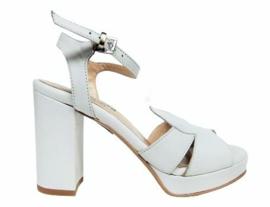 Wit leer sandalet