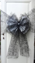Zwart spinrag band en strik met zilver