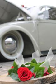 Autostrik 'FIBER' of 'TULE' met verse bloemen ivoorkleurig