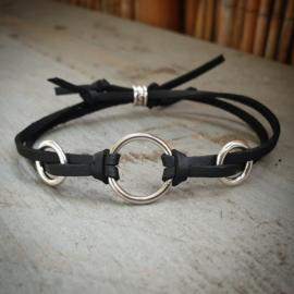 Zwarte veter armband