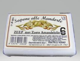Badlijn met Zoete Amandelolie