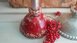 Rode sfeervolle kandelaar met roosjes