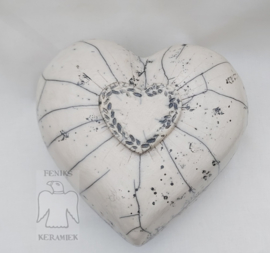 Urn in hartvorm