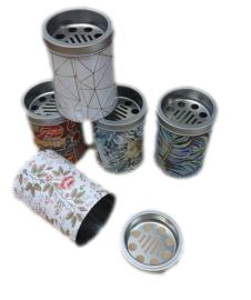 Metalen asbak rond 10 x 8 cm verschillende uitvoeringen