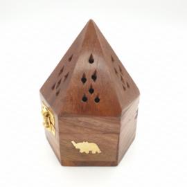 Houten Piramide kegelbrander met olifant print.