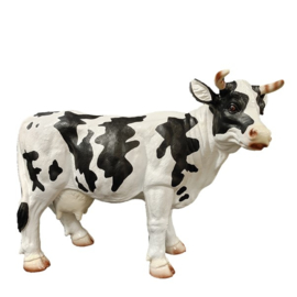 Koeien beeld staand met hoorn