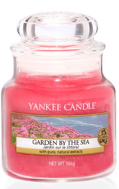 Yankee Candle - Garden by the sea Small Jar