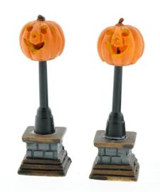 Pumpkin Street Lamp