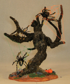 Spooky Tree Spiders