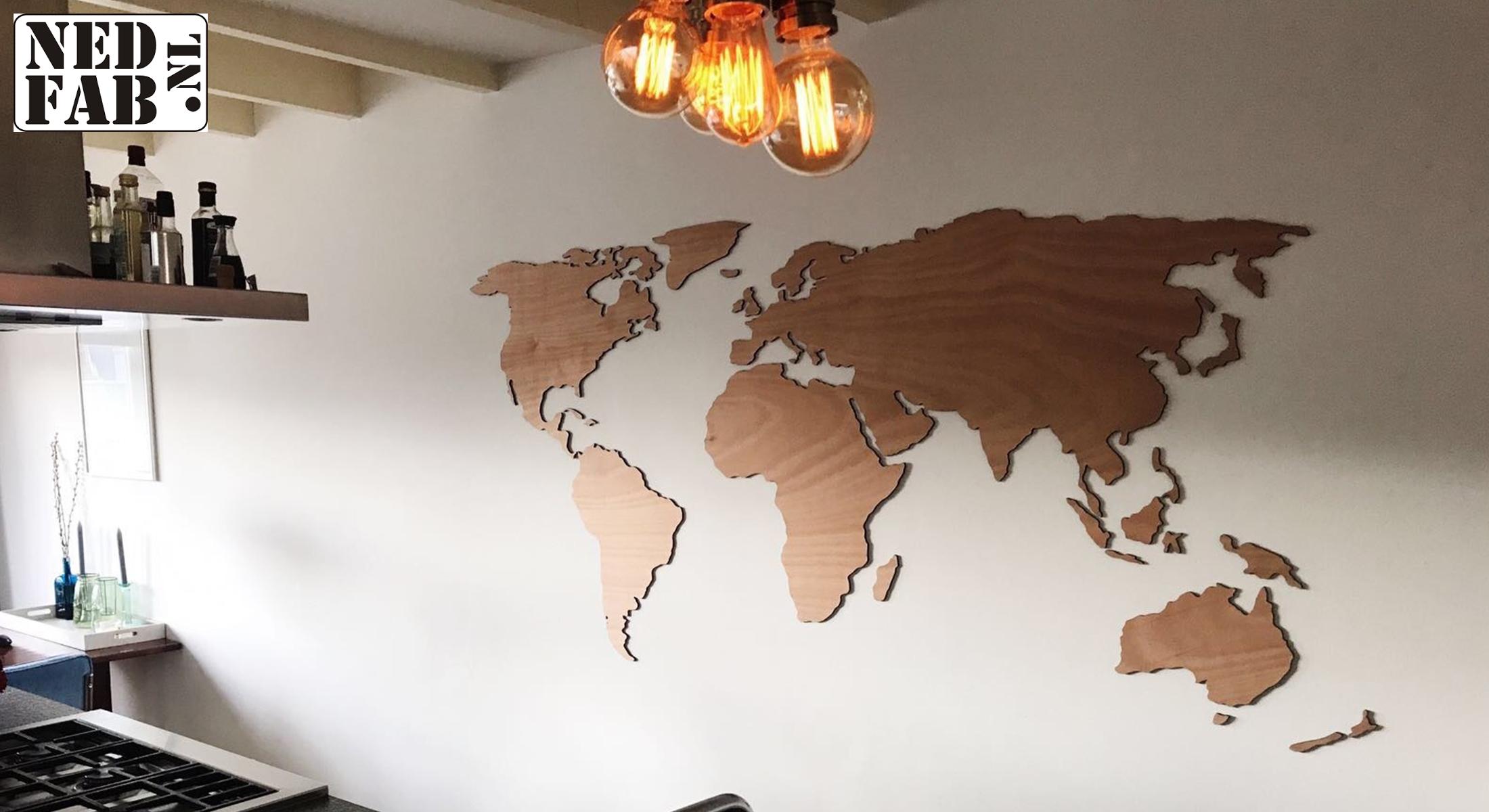 Wereldkaart in hout