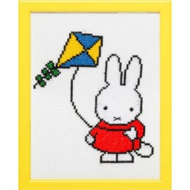 Miffy with a Kite Aida Pako