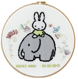 Miffy on a Elephant Aida Pako