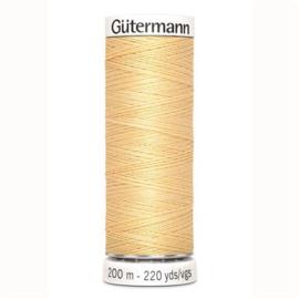 003 200m Alles Naaigaren Gütermann