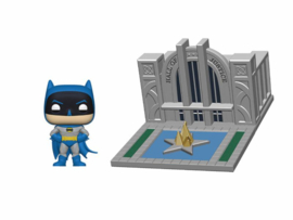 Batman with Hall of Justice Pop! Town Funko Batman 80 Years