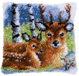 Hert in de sneeuw knoopkussen Vervaco