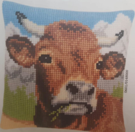 Koe in de bergen Voorbedrukt kruissteekkussen - Vervaco