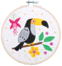Toucan Craft Kit with Felt Vervaco