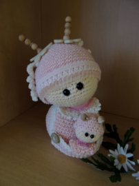 Funny Snail Shelly with Baby Crochet Kit