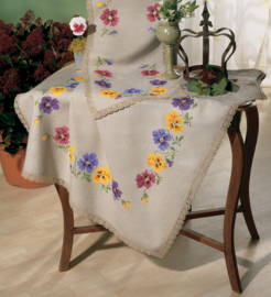 Pansies Printed Tablecloth with Attached Lace Vervaco