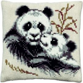 Panda met Jong Kruissteekkussen Pako