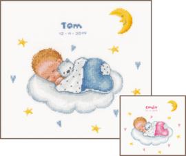 Slapende baby op wolk Aida telpakket Vervaco