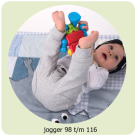 Jogger Maat 98t/ 116 Annie do it yourself naaipatroon